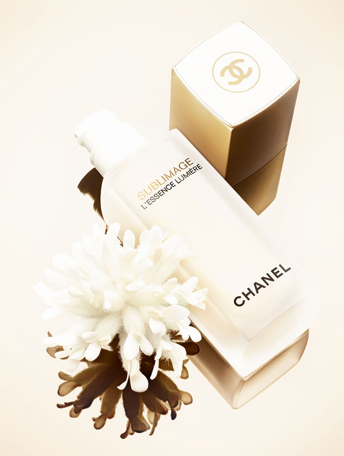 The new Sublimage L'Essence Lumière is a global serum that helps restore radiance to skin