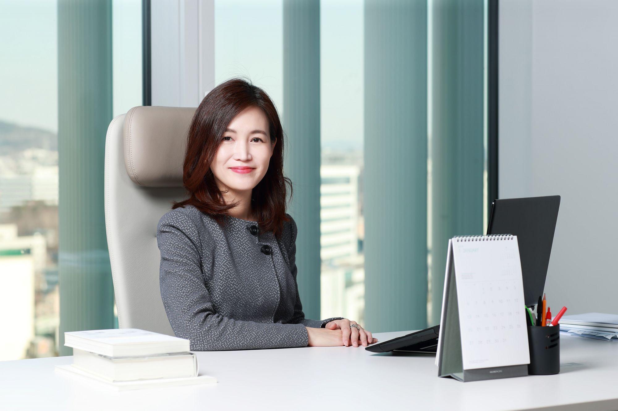 Beauty Talk: Mina Kim, Senior Vice President Of Sulwhasoo