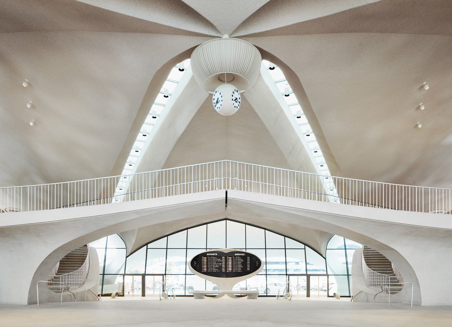 4 Reasons To Visit New York's TWA Hotel