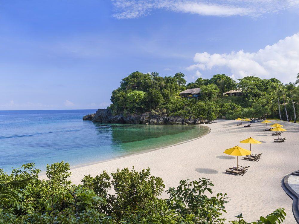The serene stretch of Banyugan Beach (Photo courtesy of Shangri-La)