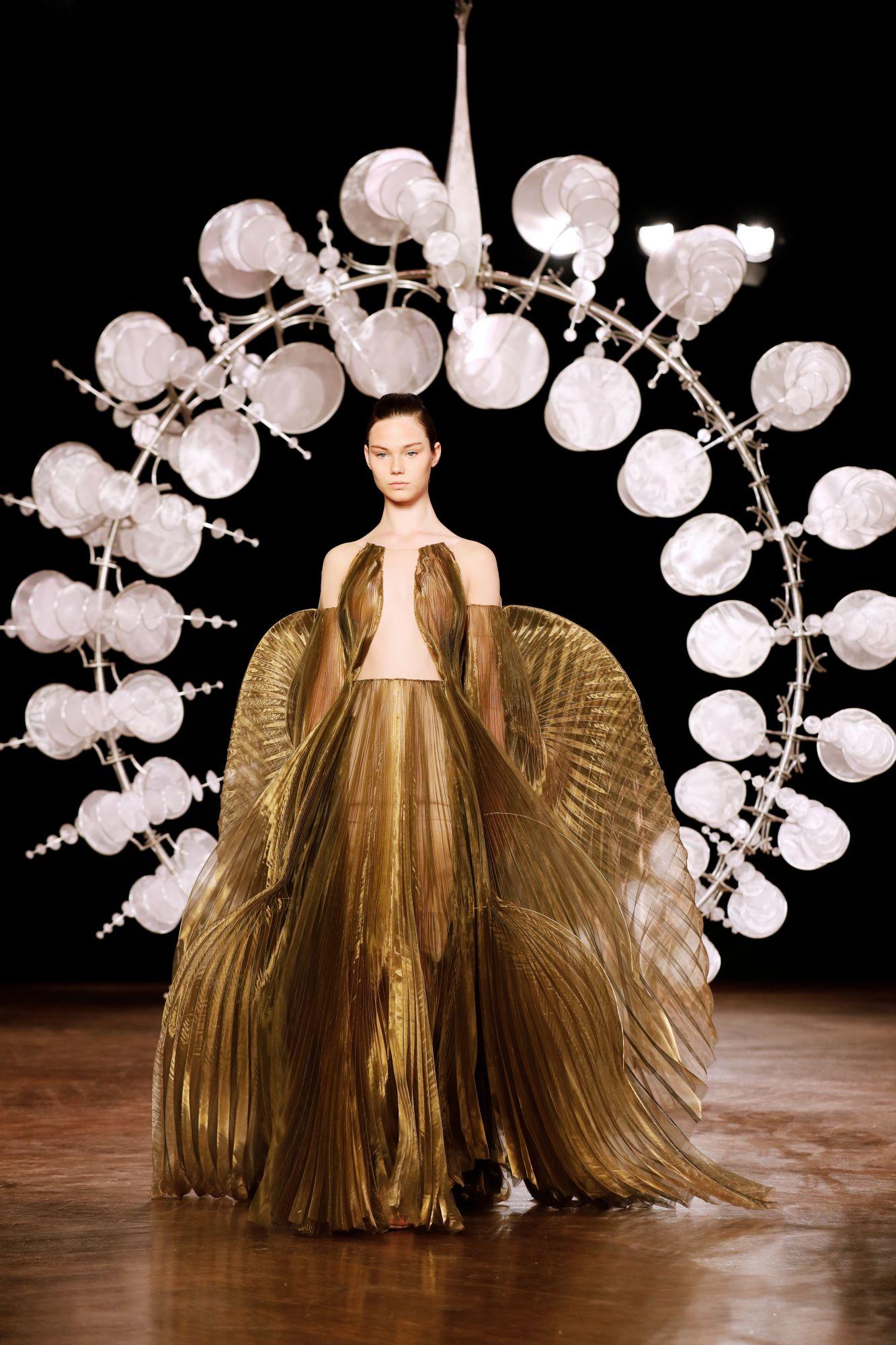 Iris van Herpen Haute Couture Fall/Winter 2019 (Image: Thomas Samson/AFP)