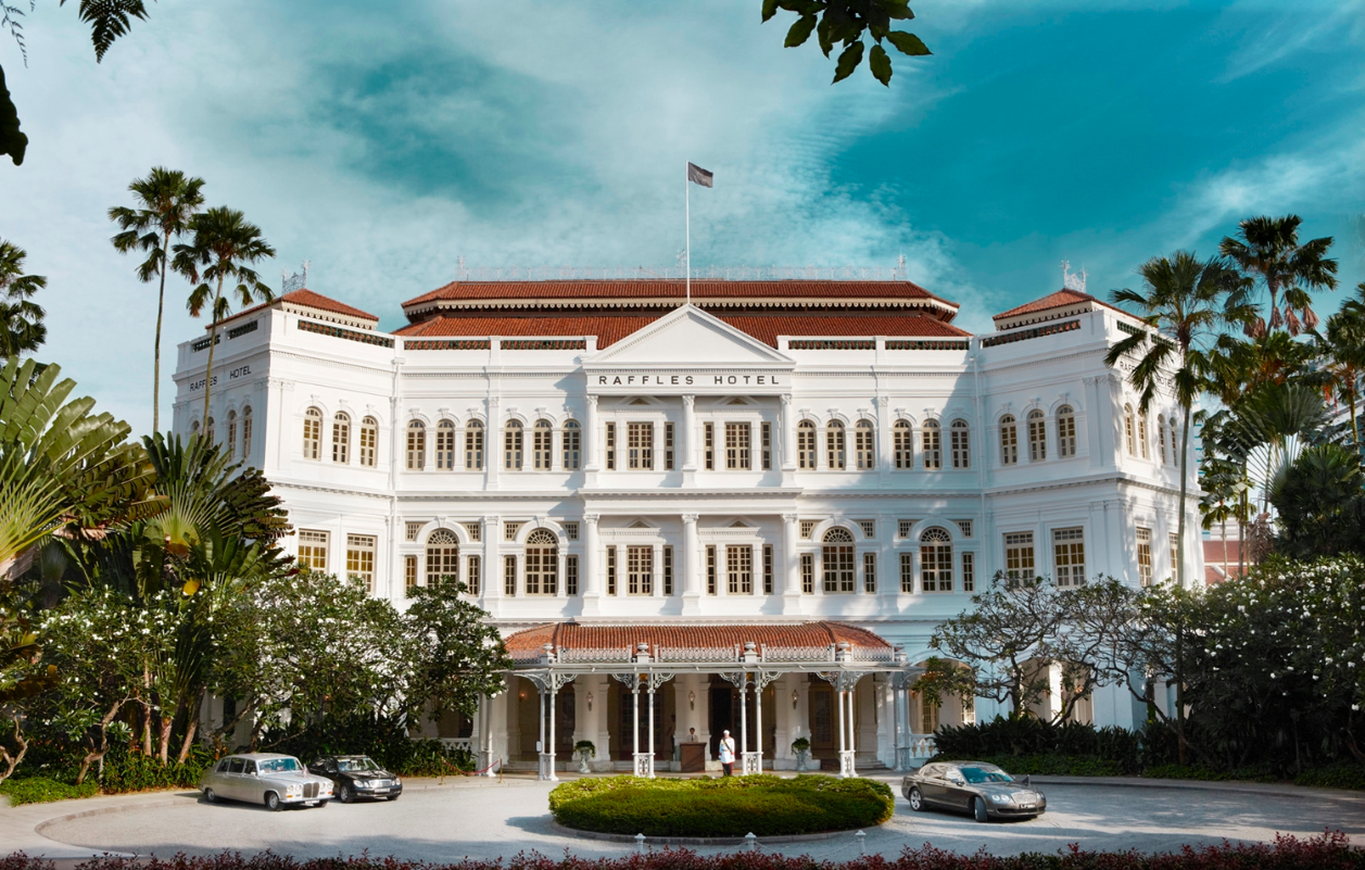 6 Icons Not To Miss At Raffles Hotel Singapore, Including The Singapore Sling And Long Bar's Peanut Littering Tradition
