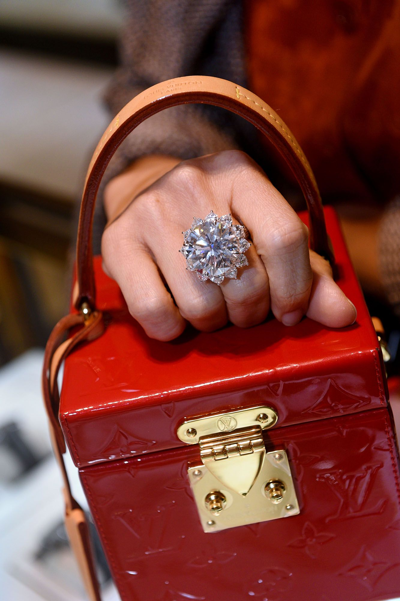 Graff Flies In A 27-Karat Diamond From The Lesotho Promise Collection For One Night Only
