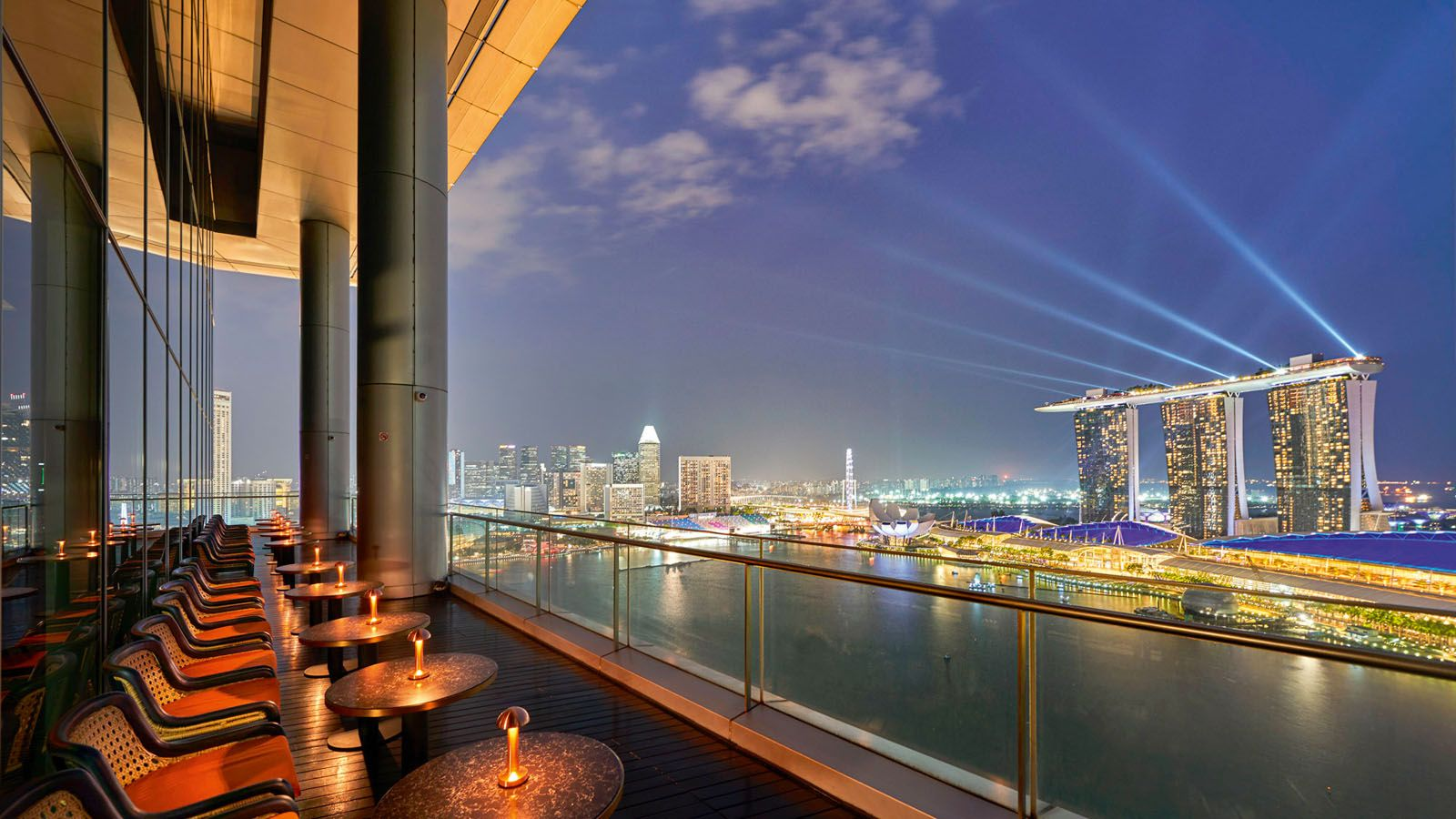 5 Reasons To Visit Vue, Singapore's First Rooftop Spritz Bar And Restaurant