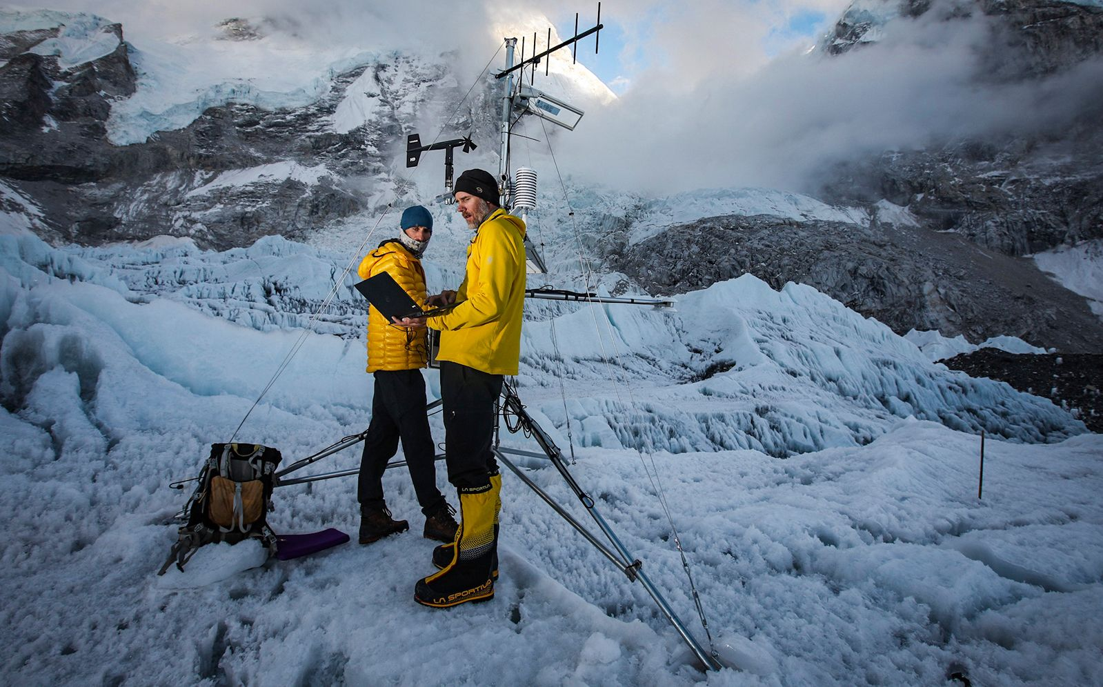Rolex And National Geographic Society Install The World's Highest Weather Station On Mount Everest