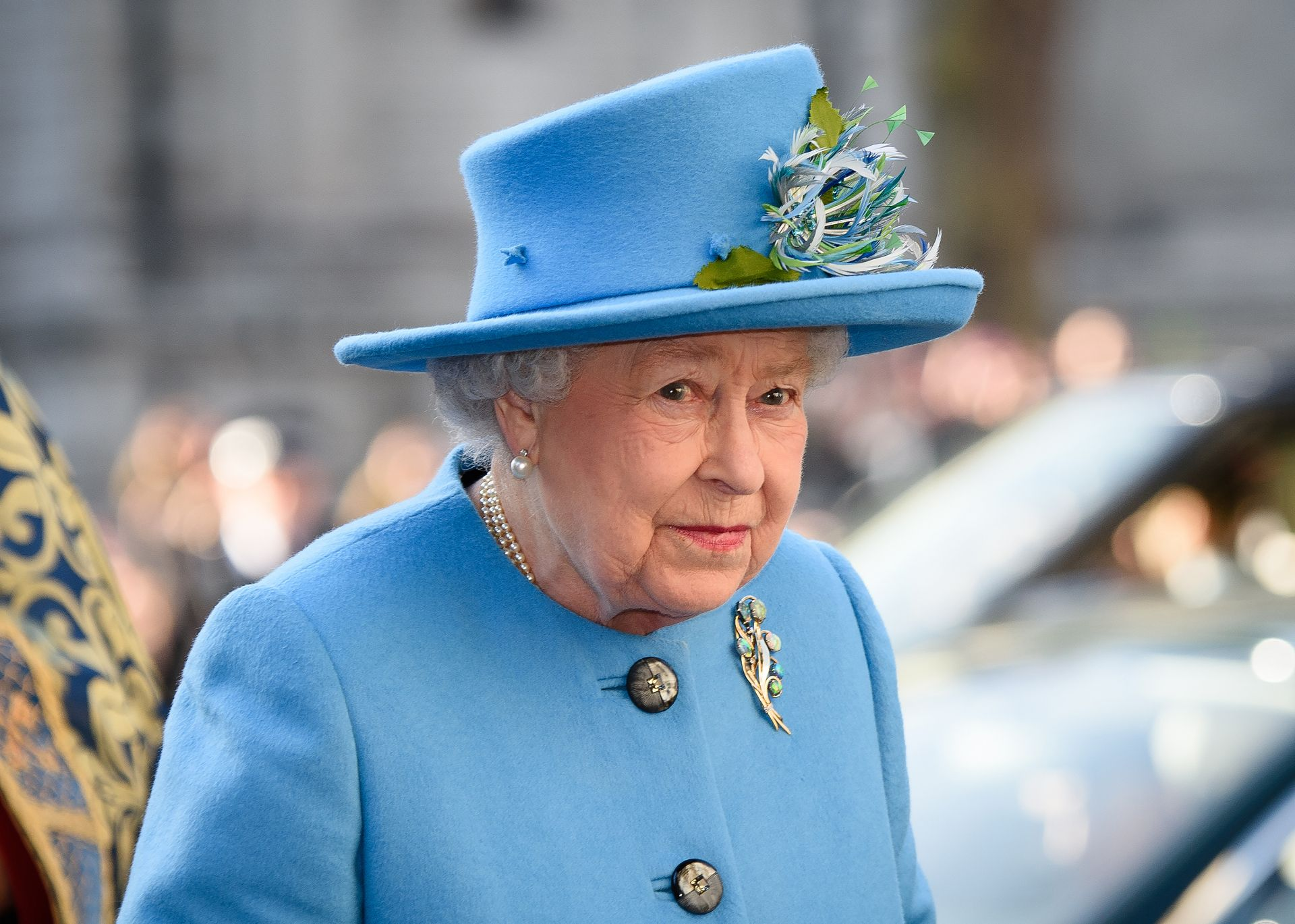 Britain's Queen Elizabeth II arrives to attend a Commonwealth Service at Westminster Abbey in central London on March 14, 2016.Queen Elizabeth II has been Head of the Commonwealth throughout her 60 year reign. Organised by the Royal Commonwealth Society, the Service is the largest annual inter-faith gathering in the United Kingdom.  / AFP PHOTO / LEON NEAL