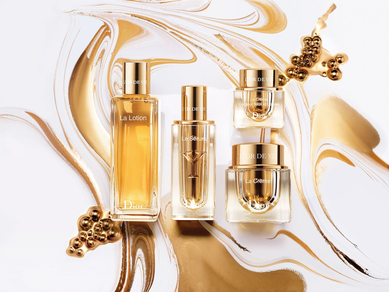 Besides Le Sérum, the Dior Skincare L'Or de Vie range also comprises La Lotion, La Crème Contour Yeux et Lèvres and La Crème, all of which slow down the skin ageing process