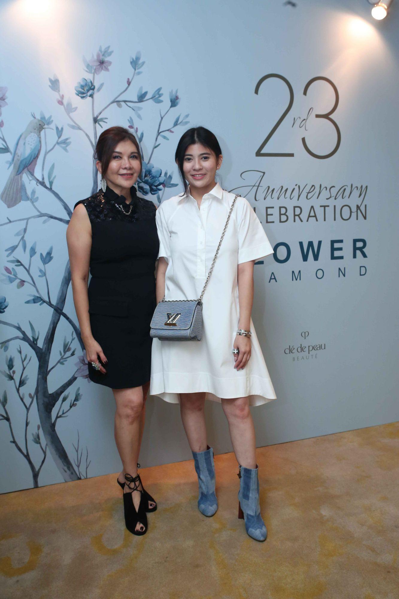 Belinda Chua, Sabrina Ho