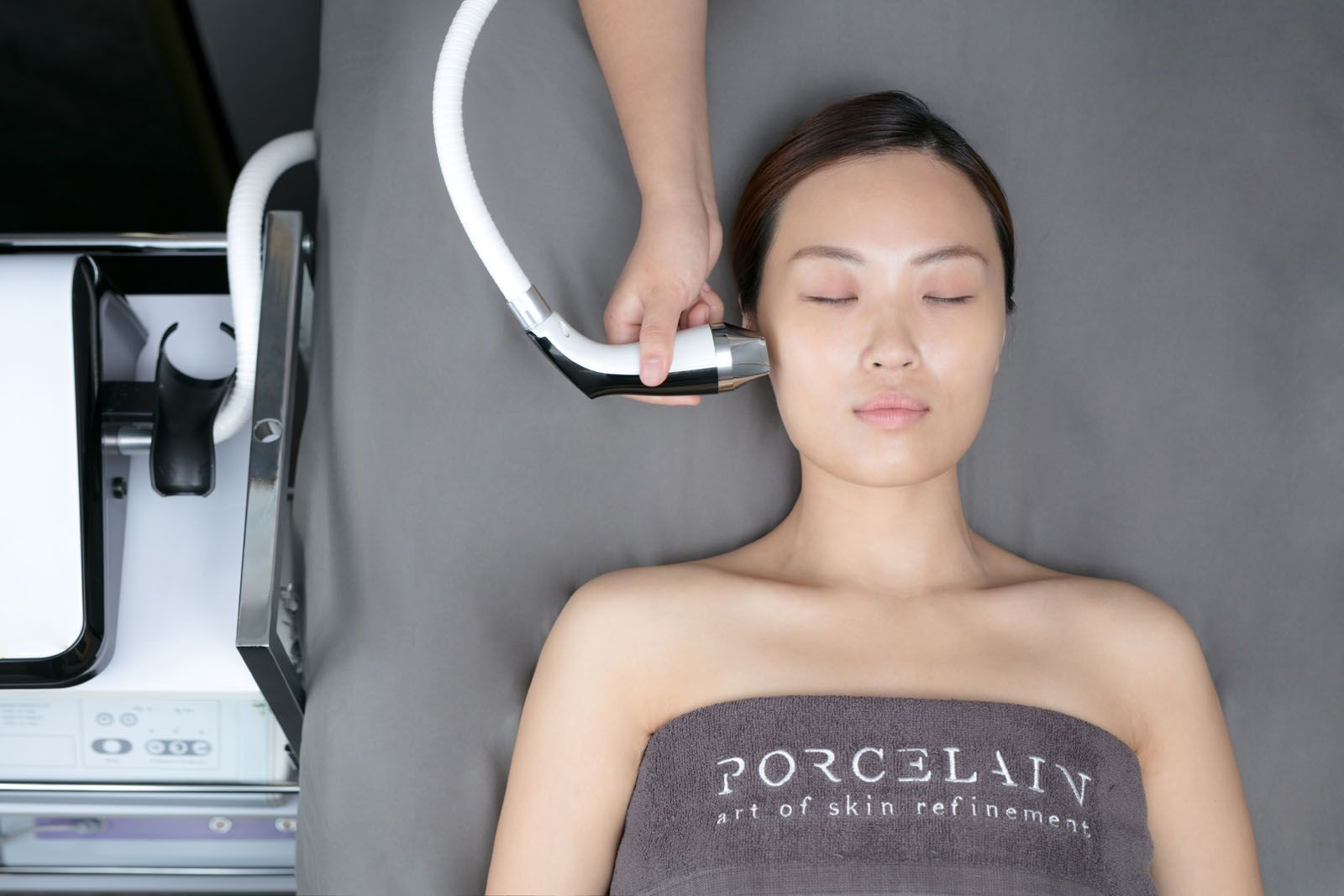 Tatler Tries: How We Achieved Glowing Skin For The New Year With Porcelain's Sun Rescue Facial