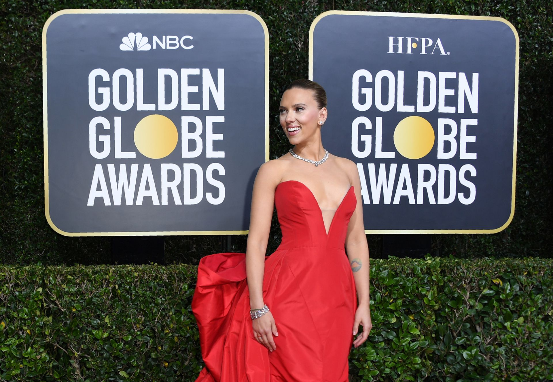 US actress Scarlett Johansson arrives for the 77th annual Golden Globe Awards on January 5, 2020, at The Beverly Hilton hotel in Beverly Hills, California. (Photo by VALERIE MACON / AFP)