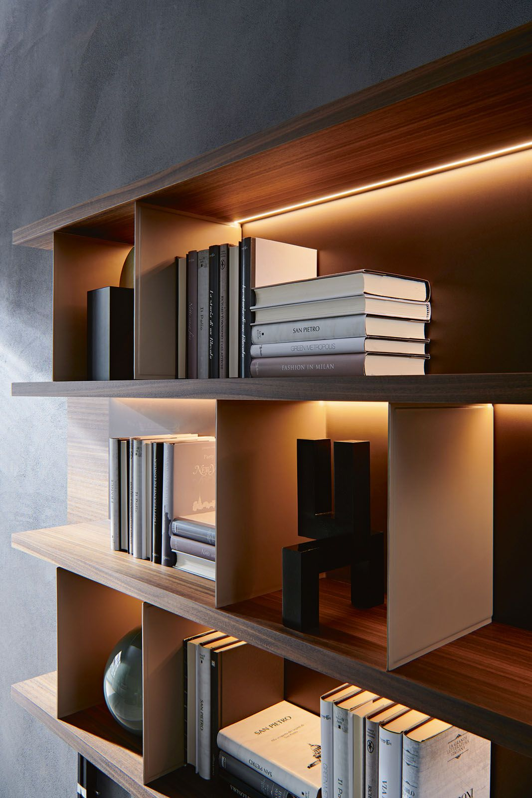 Molteni&C Grid system by Vincent Van Duysen, from P5