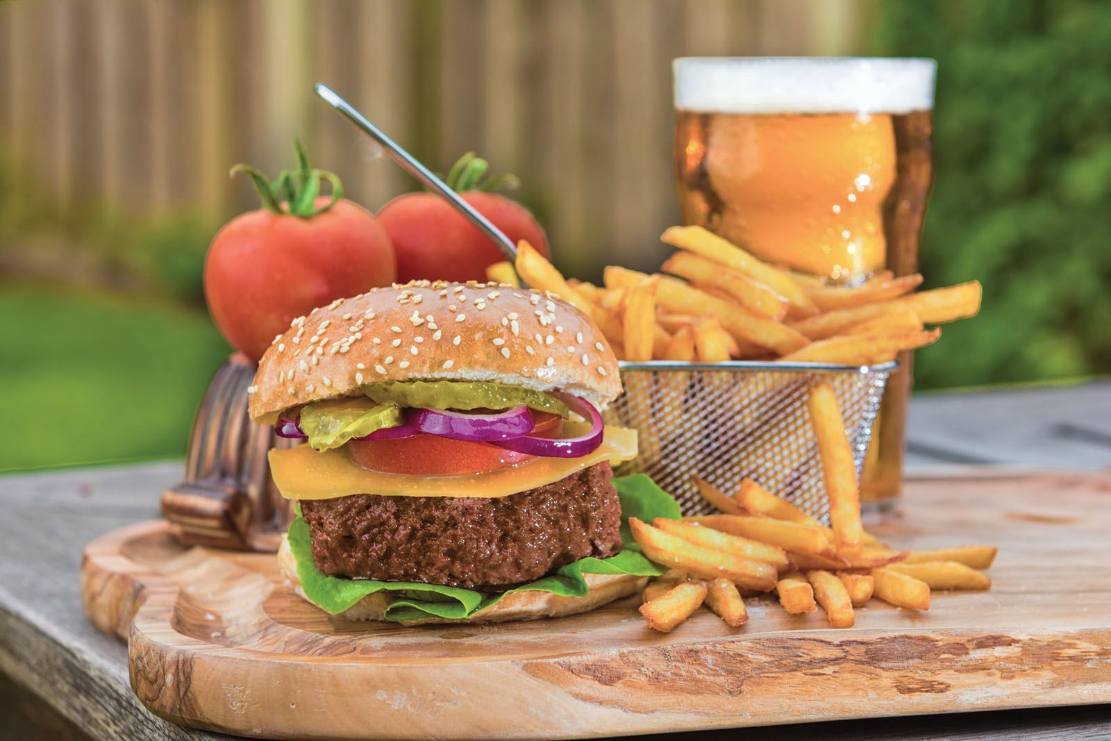 The world's first cell-based hamburger and even a steak tartare made possible by Dutch company Mosa Meat