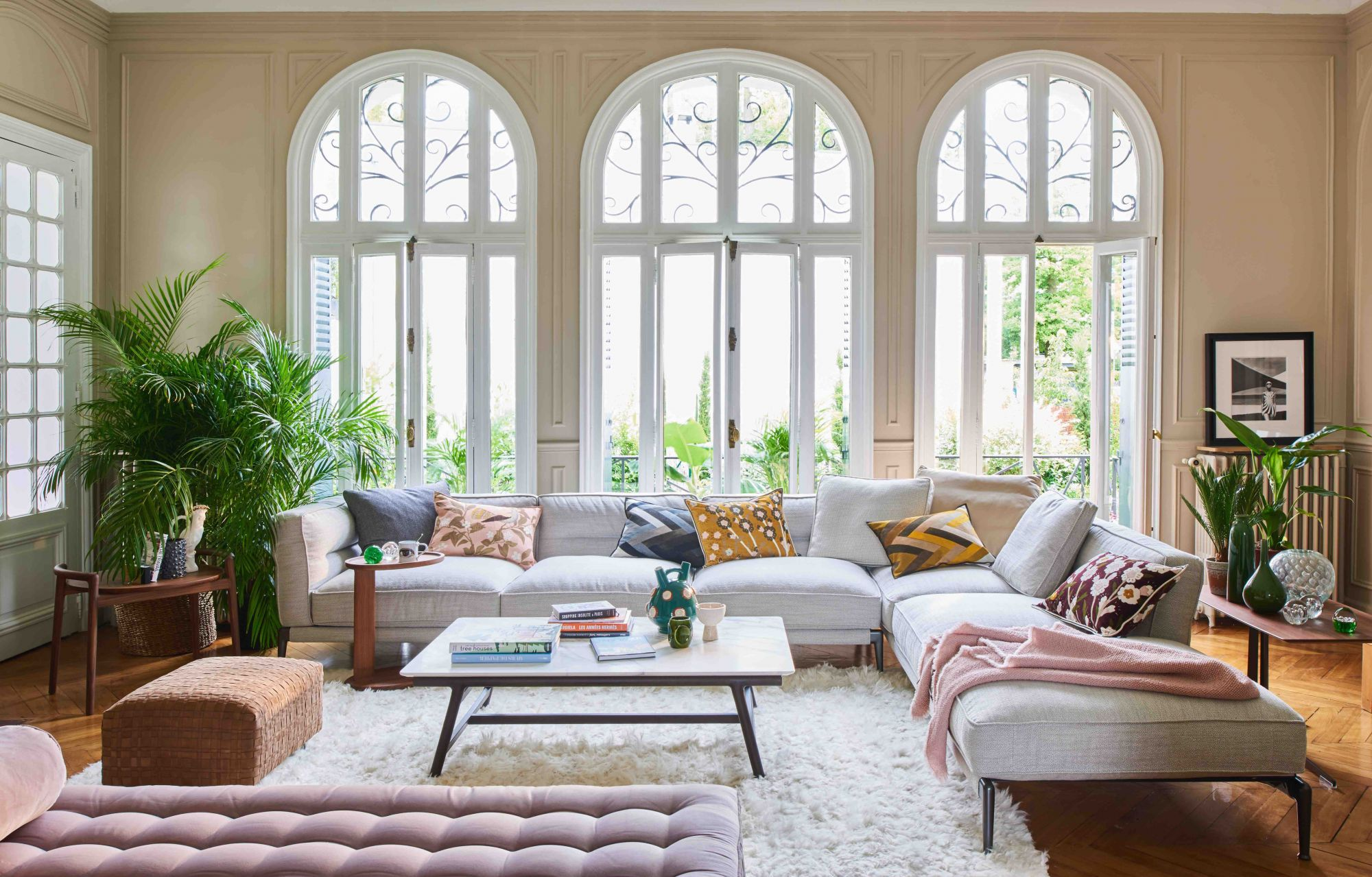 Home Tour: This Historic French Villa Gets An Elegant And Colourful New Look