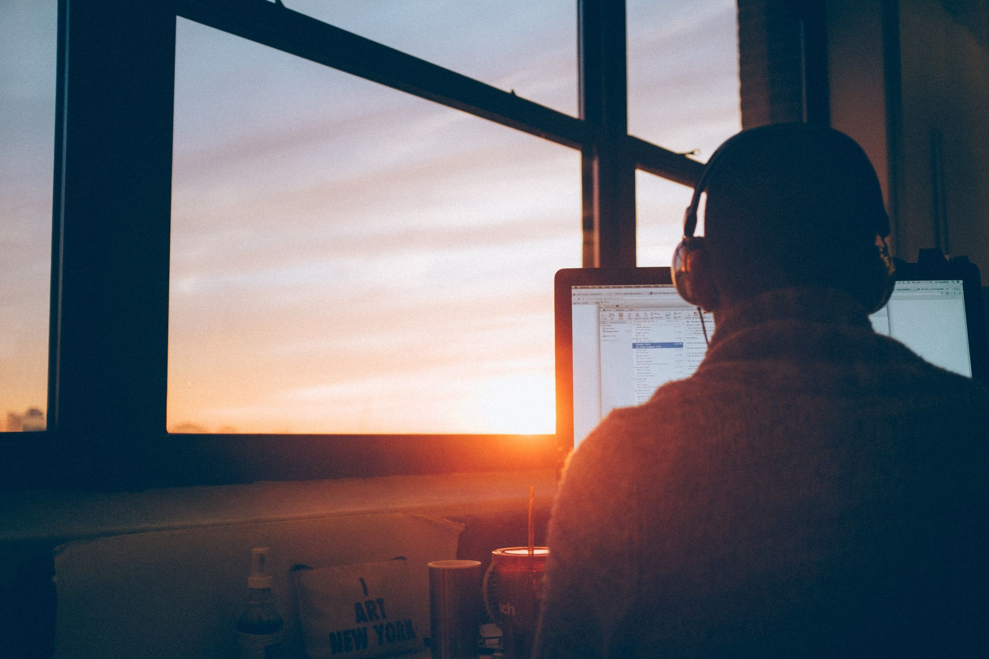 The Best Motivational Podcasts to Listen to For Daily Inspiration