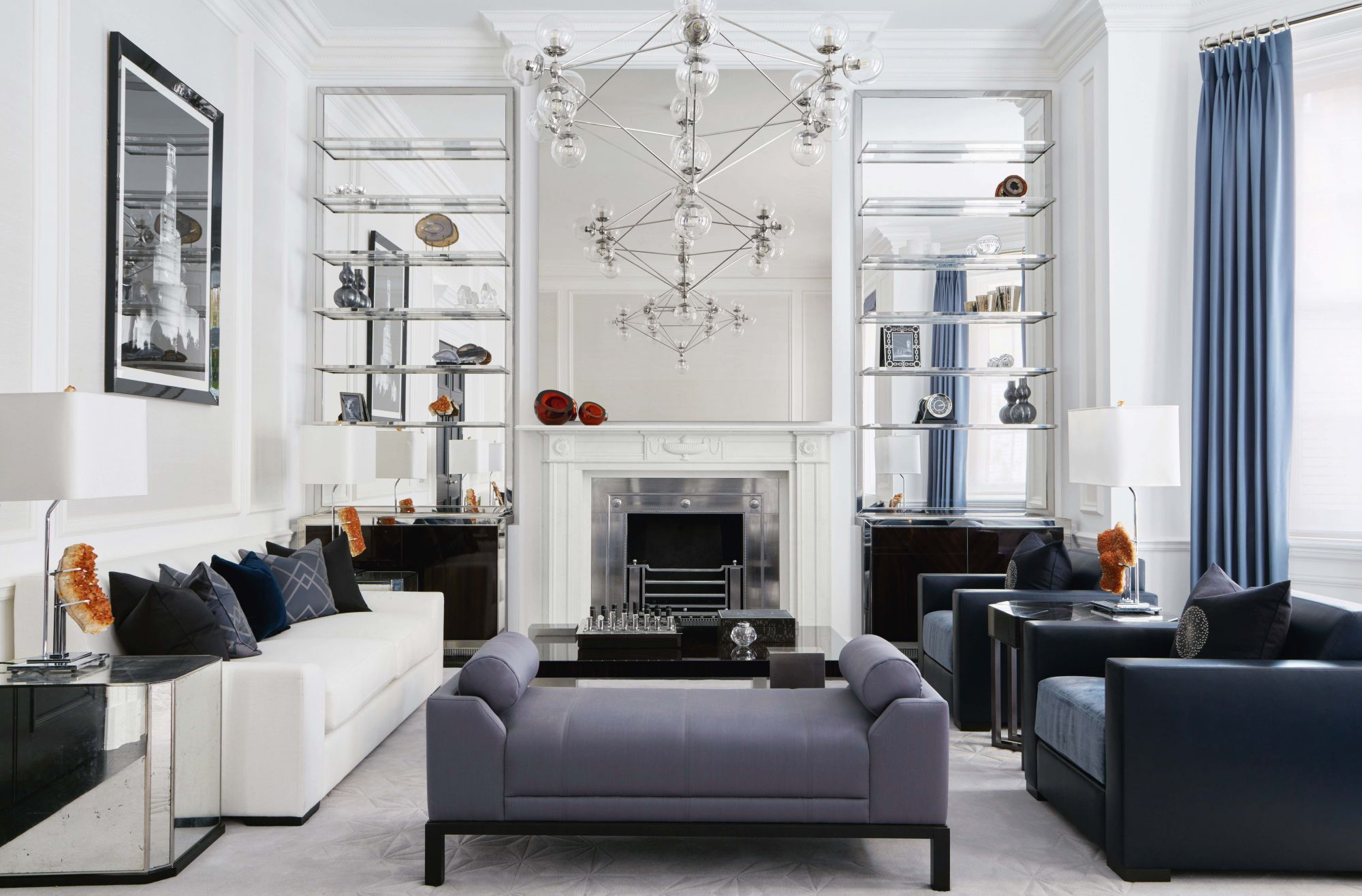 Home Tour: This London Townhouse Retains Its Elegance With An Impactful Use of Blue