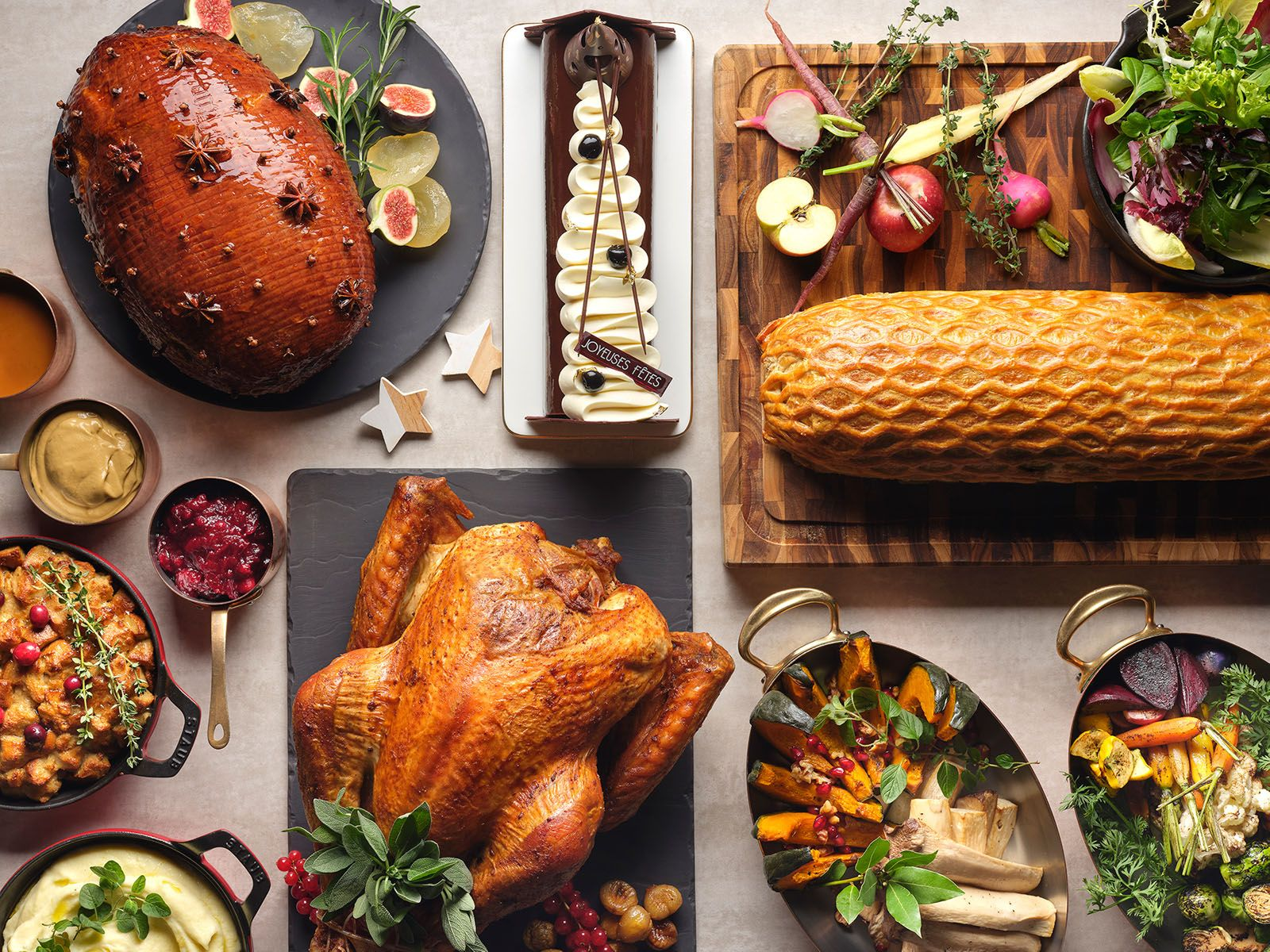 Christmas 2020: The Best Festive Dining Takeaways to Get You into the Holiday Spirit