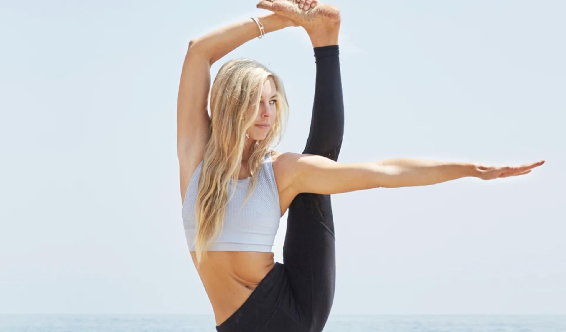 Alo Yoga Beauty