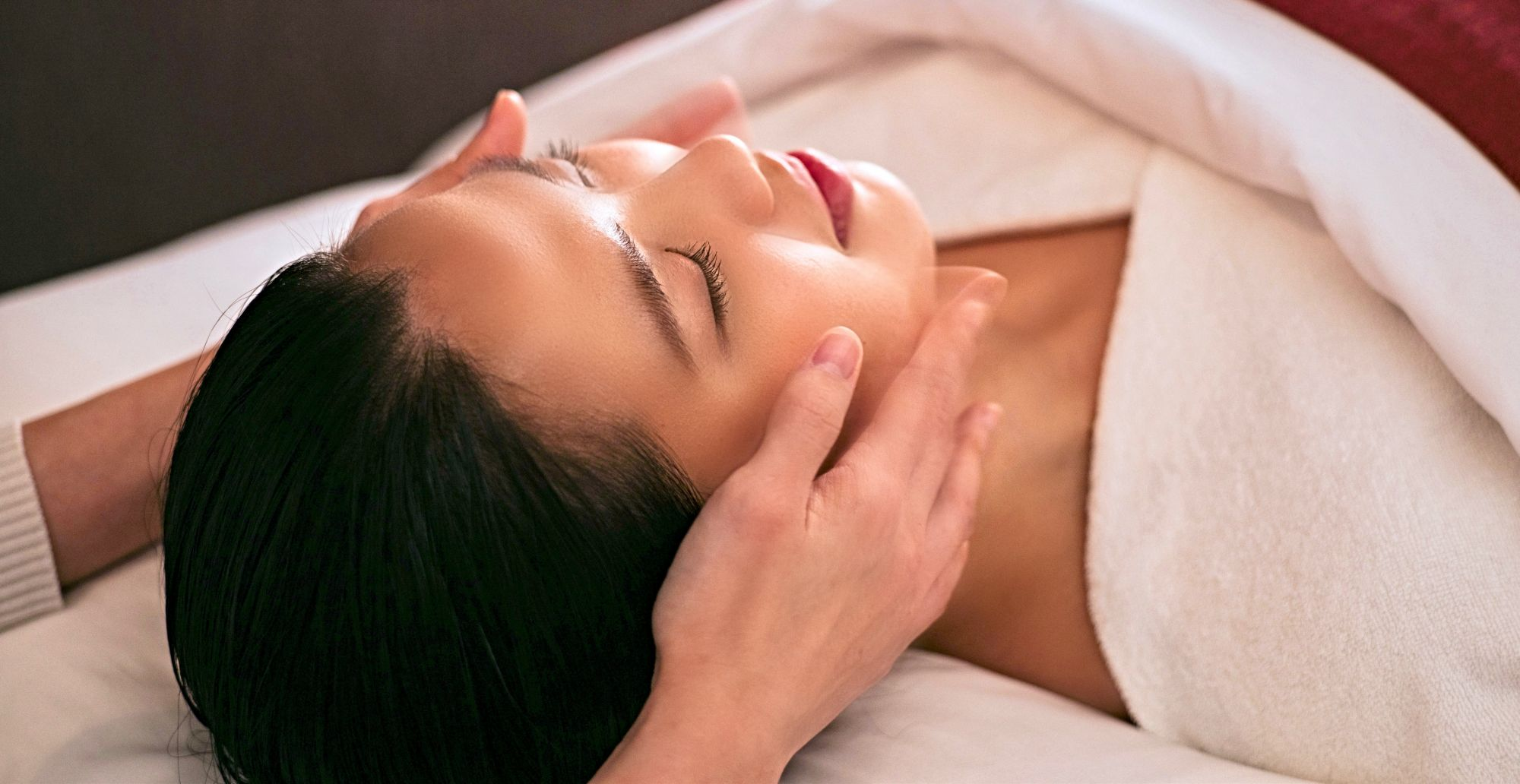 How a Facial at SK-II Boutique Spa Can Help Your Skin Achieve its Highest Potential