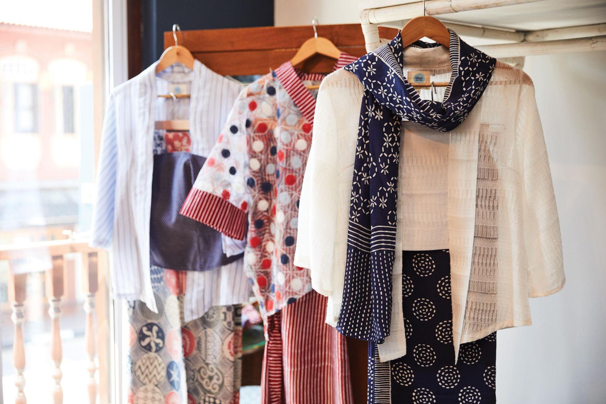 Oniatta Effendi on Weaving Heritage Stories with Singapore Batik Label Baju by Oniatta