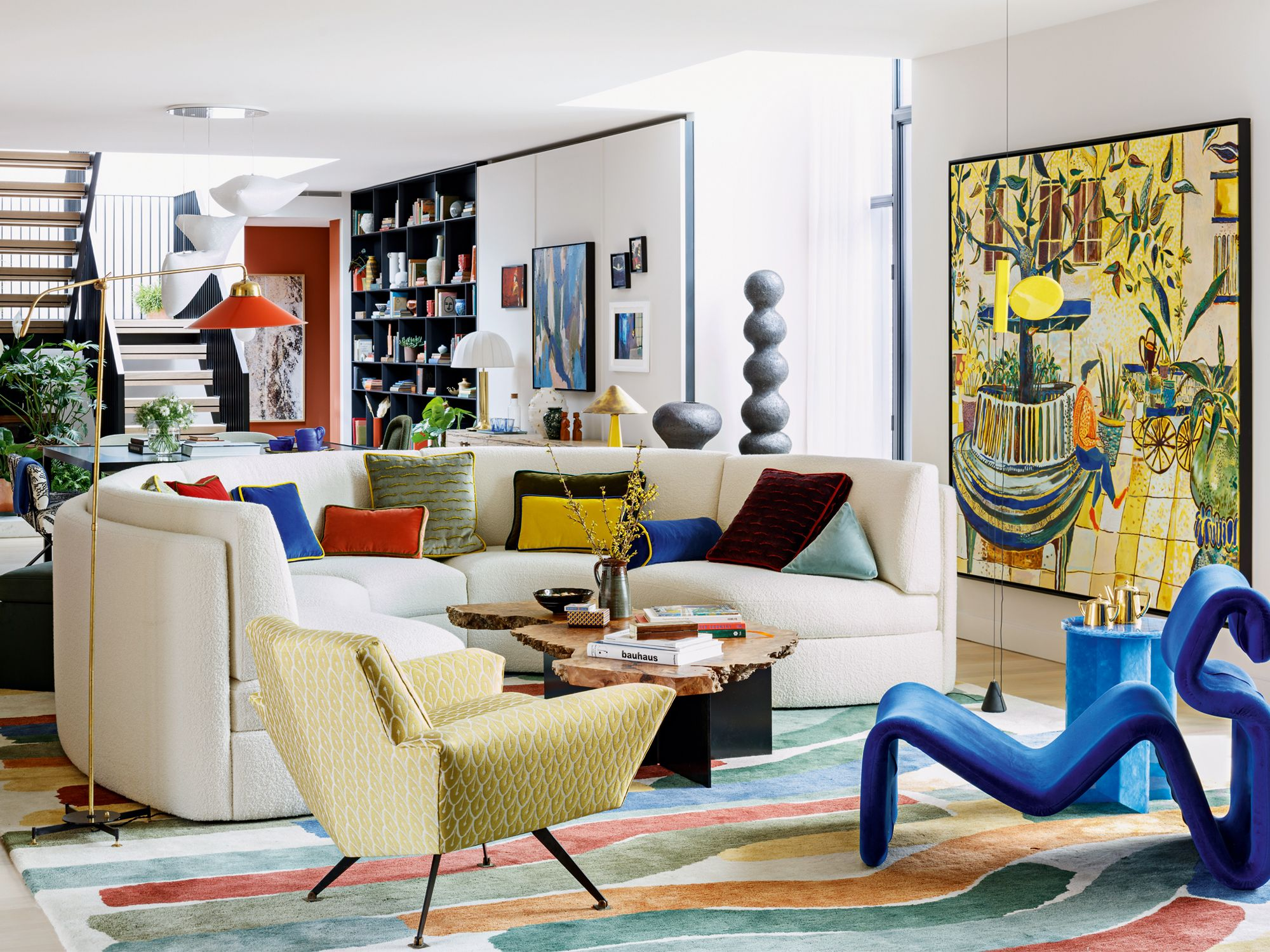 A colourful private residence in London named Floral Court, designed by Studio Ashby (Image: Philip Durrant, courtesy of Studio Ashby)