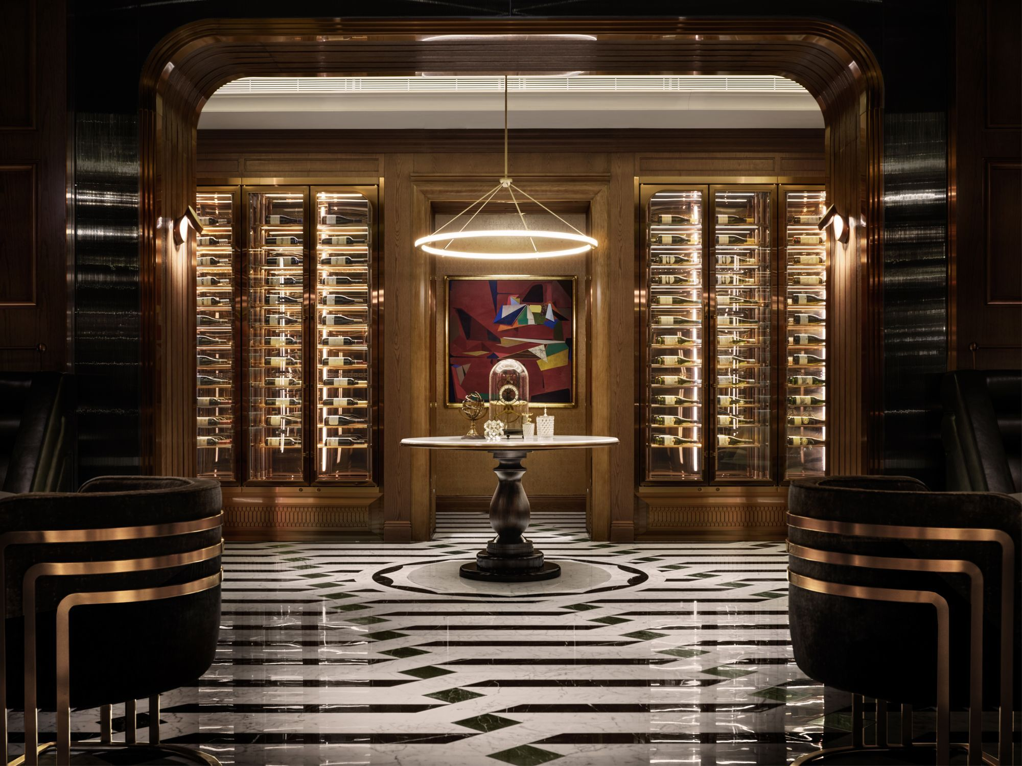The St. Regis Bar Macao reinterprets classic British elegance through a richly textured setting