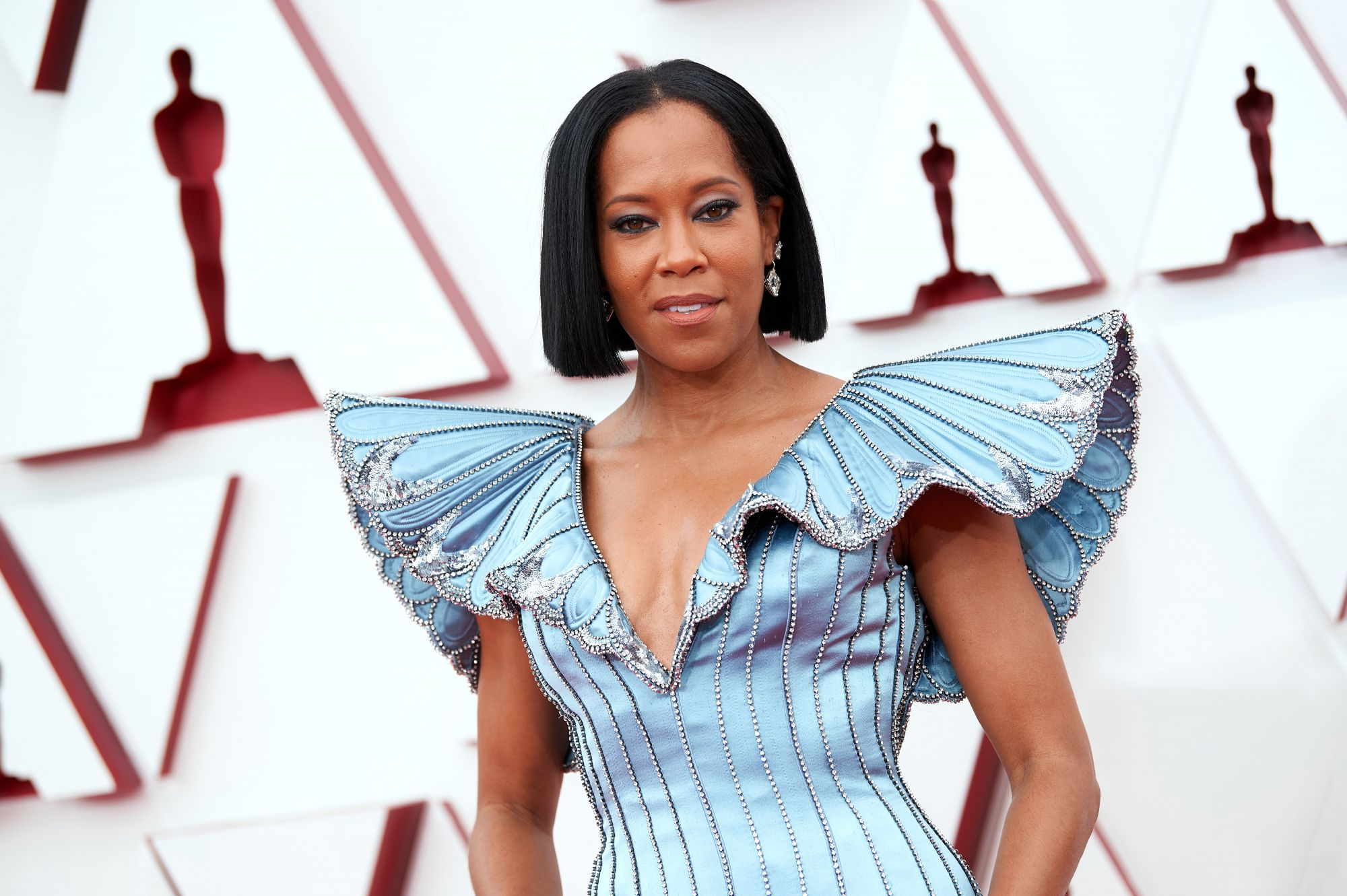 Regina King's heavily lined eyes added a dramatic effect to her look, matching well with her Louis Vuitton dress. (Image: Matt Petit/A.M.P.A.S. via Getty Images)