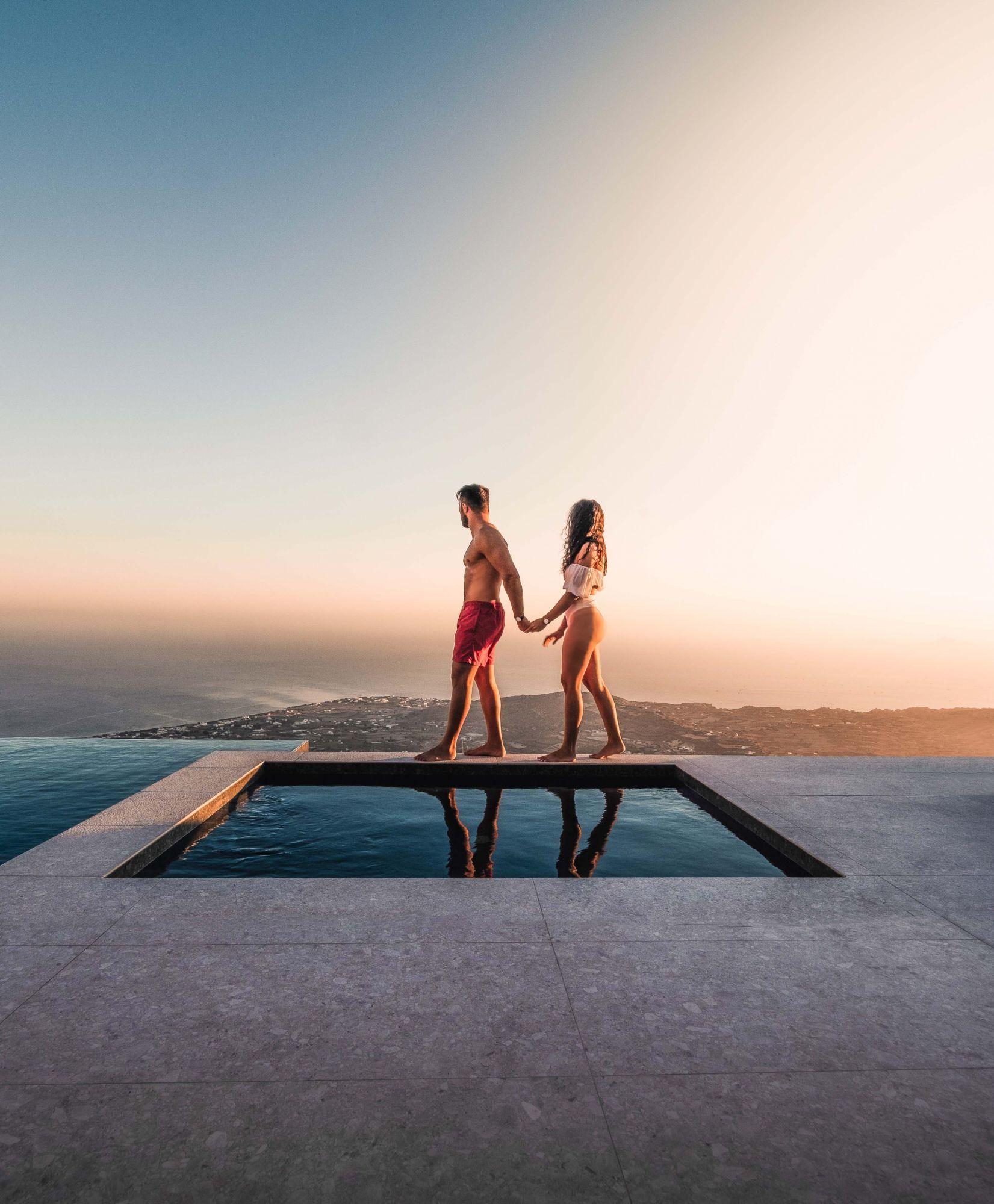 Το Santorini Sky έχει την υψηλότερη πισίνα υπερχείλισης σε ολόκληρο το νησί (ευγενική προσφορά του Santorini Sky)