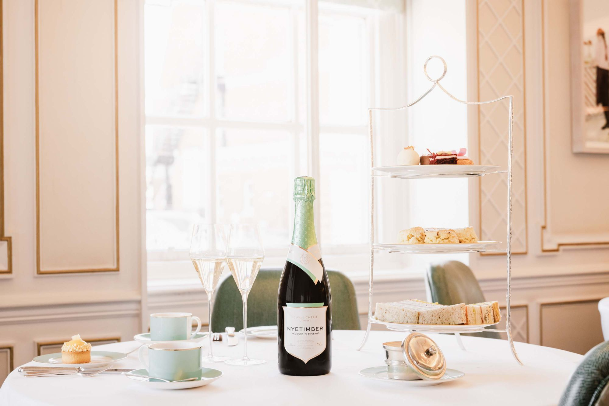 Mother's Day 2021: Champagnes and Sparkling Wines To Toast With