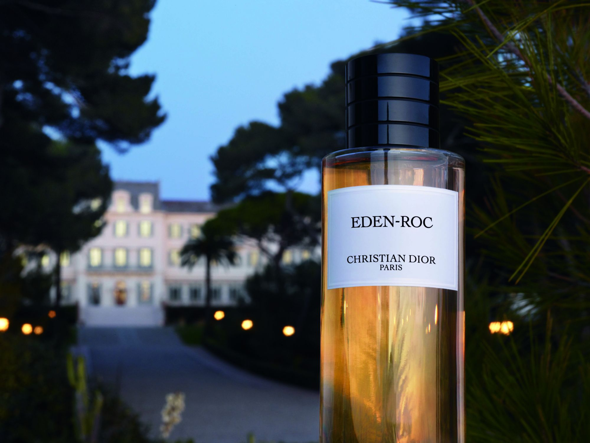Summer Spritz: These Fragrances Bring Luxury Hotels and Exotic Destinations To You