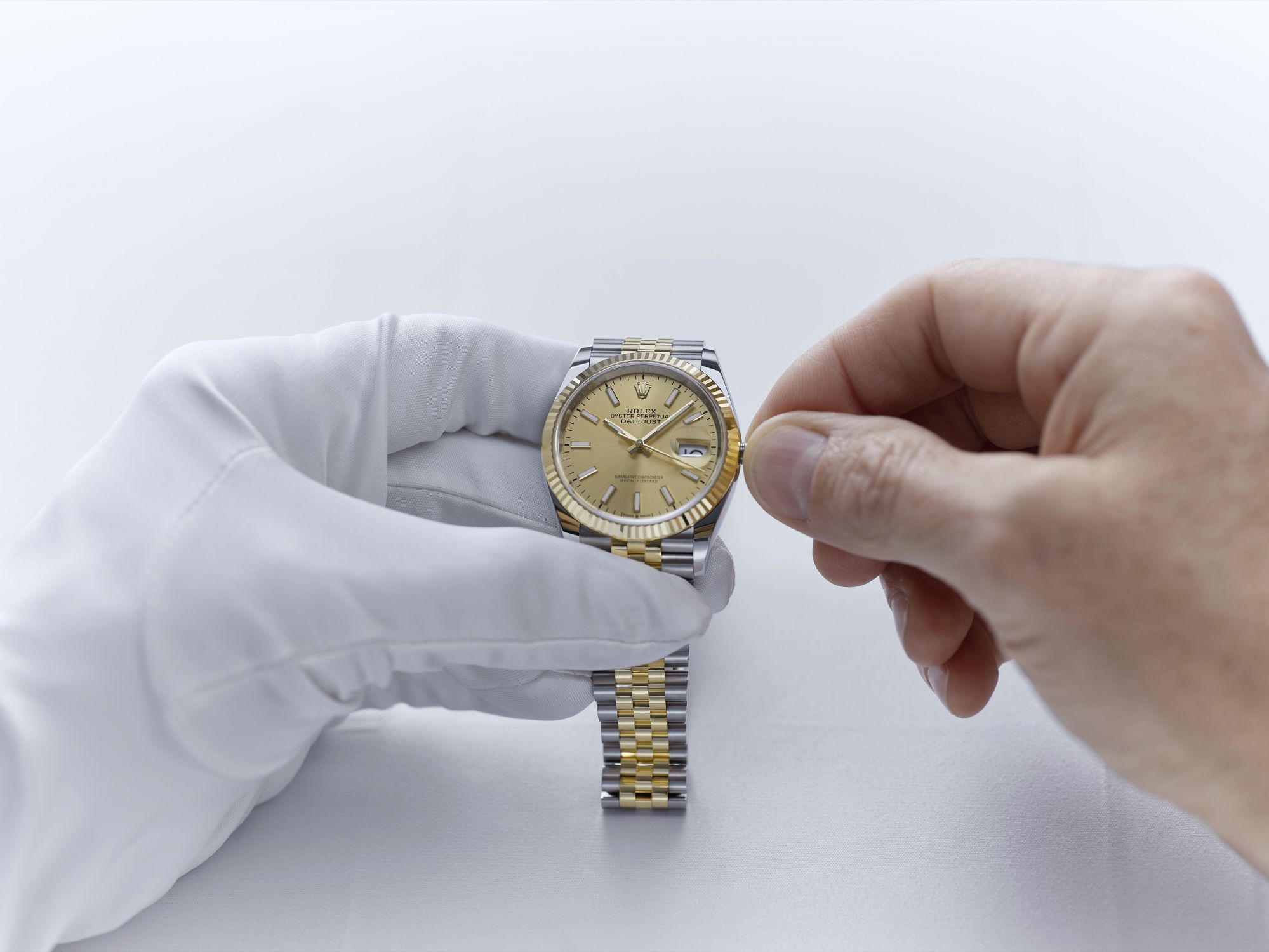 Rolex World Service Maintains And Keeps Your Watch In Top-Notch Condition