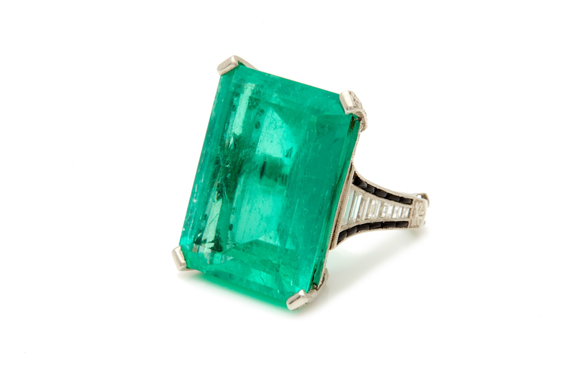 A 38-Carat Emerald Ring is Up for Auction This Week—Here's All You Need to Know