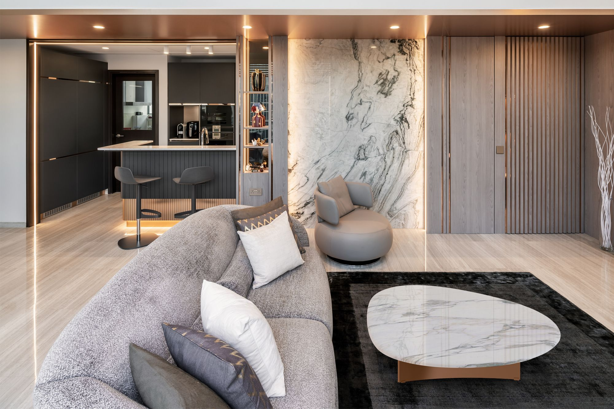 Home Tour: A Stylish Hotel-Inspired Duplex Apartment In Lincoln Suites