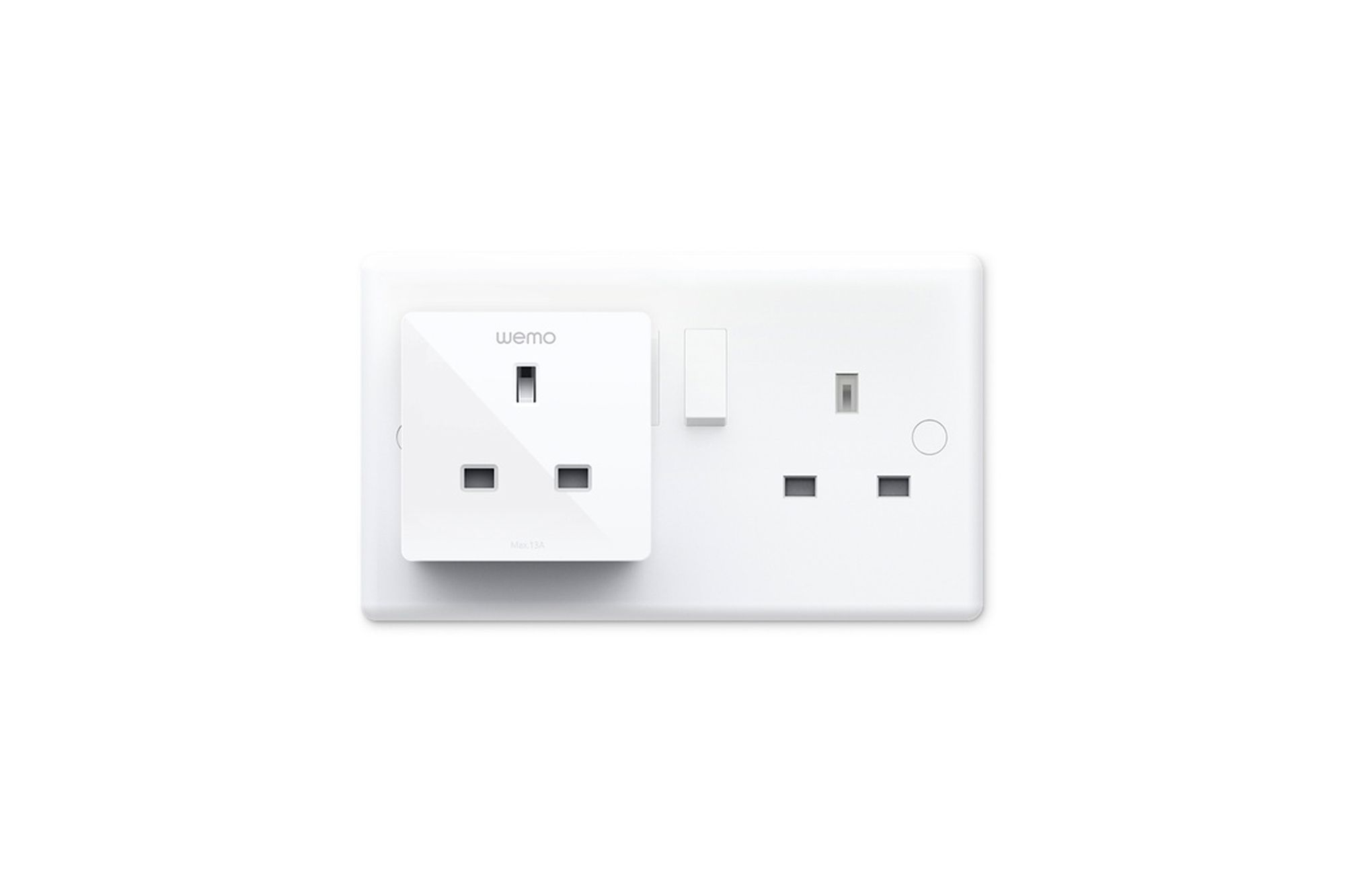 Wemo's mini smart plug conveniently allows you to control your home appliances Image: Courtesy of Apple