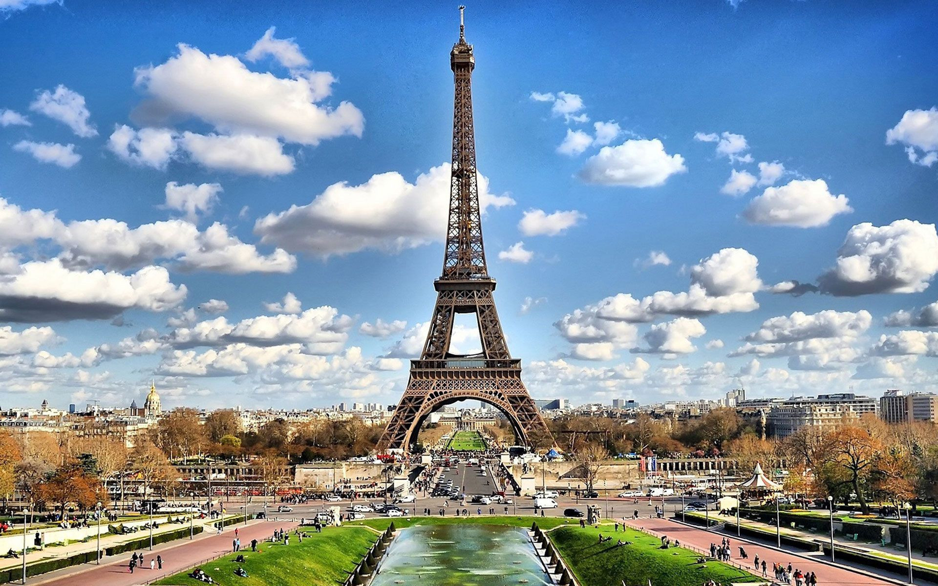 A Feast For The Senses: Must-See Places On Your Next Holiday In Paris