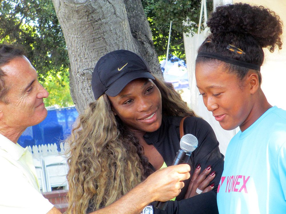 Osaka being interviewed with Serena Williams at the 2014 Bank of the West Classic (Photo: Courtesy of Wikimedia Commons)