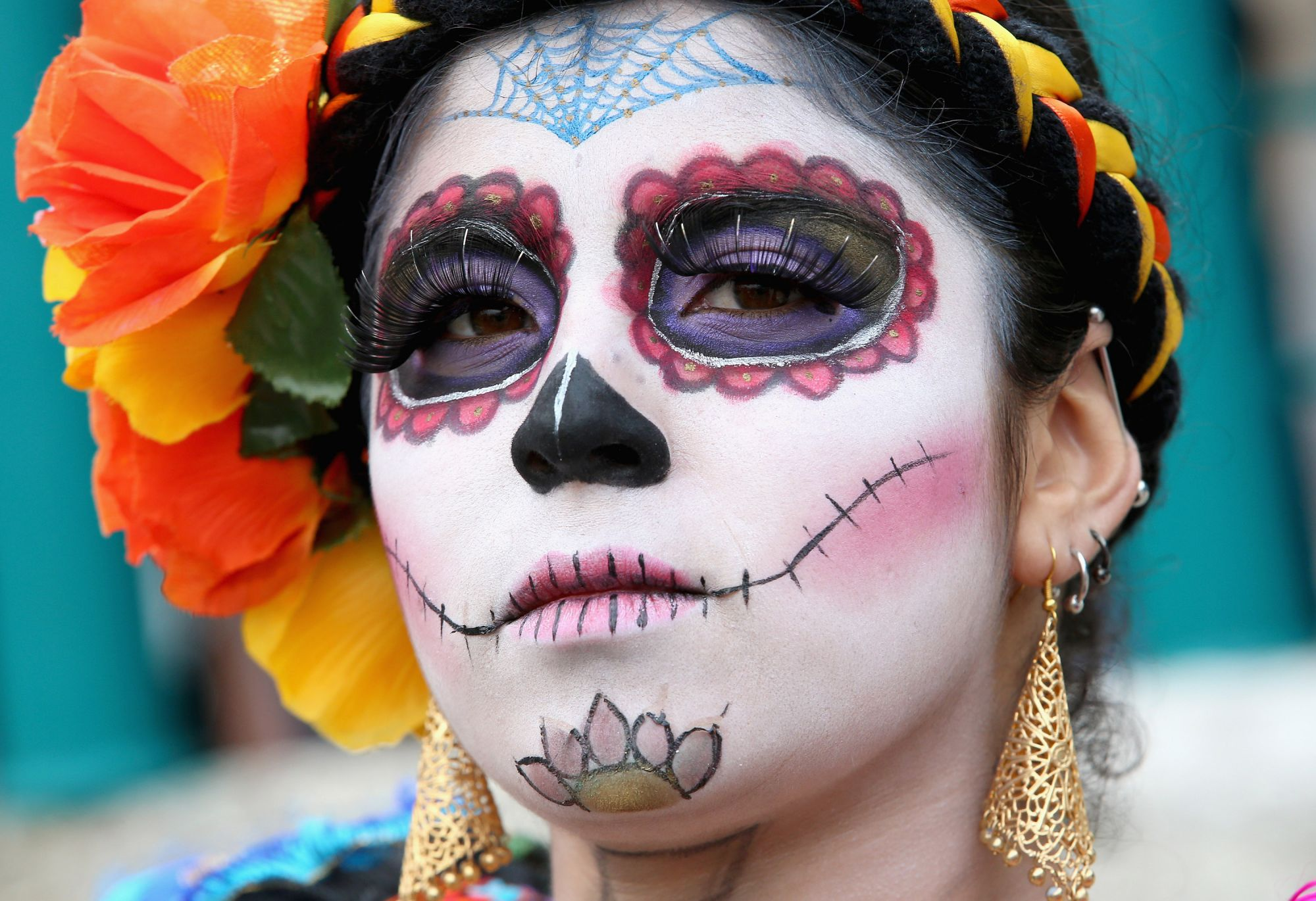 HIDALGO, MEXICO - NOVEMBER 02:  A girl in costume in Real del Monte on the 'Day of the Dead' on November 2, 2014 in Hidalgo,Mexico. The Royal Couple are on the first day of a four day visit to Mexico as part of a Royal tour to Colombia and Mexico.  (Photo by Chris Jackson/Getty Images)