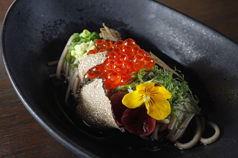 Tenshino Serves Up Visual Feasts