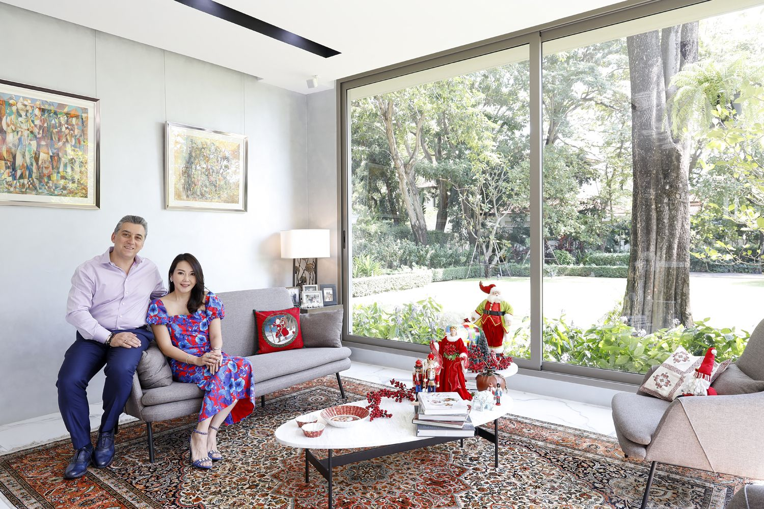 Inside The Contemporary Home Of The Artinian Family