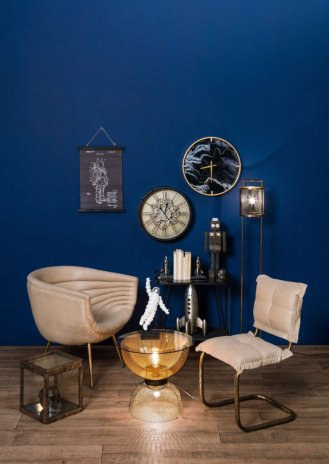 Editor's Picks: Asia-Inspired Table Set, Lit Robots And More