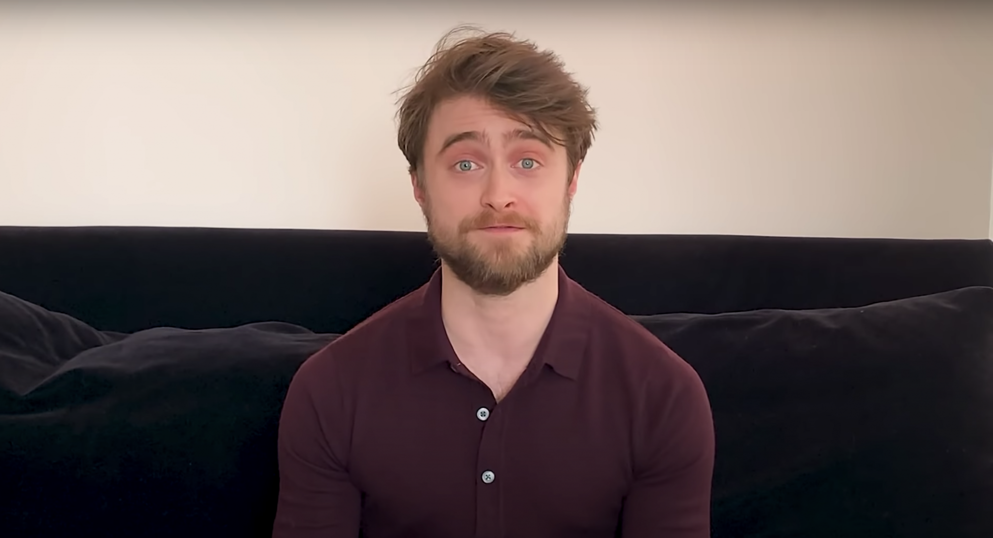 """Watch Daniel Radcliffe And Other Mega Stars Read 'Harry Potter"""" To You From Their Living Rooms"""