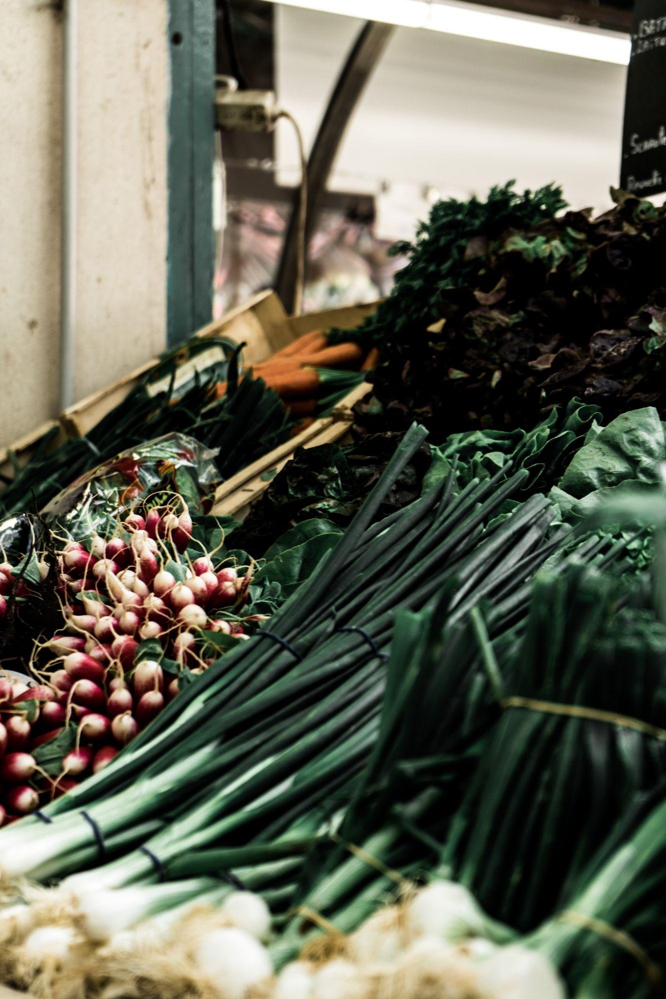 Vegetables from a fresh market (Photo by Artiom Vallat on Unsplash)