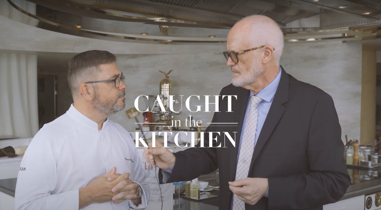 Caught In The Kitchen Episode 1: Chef´s Table