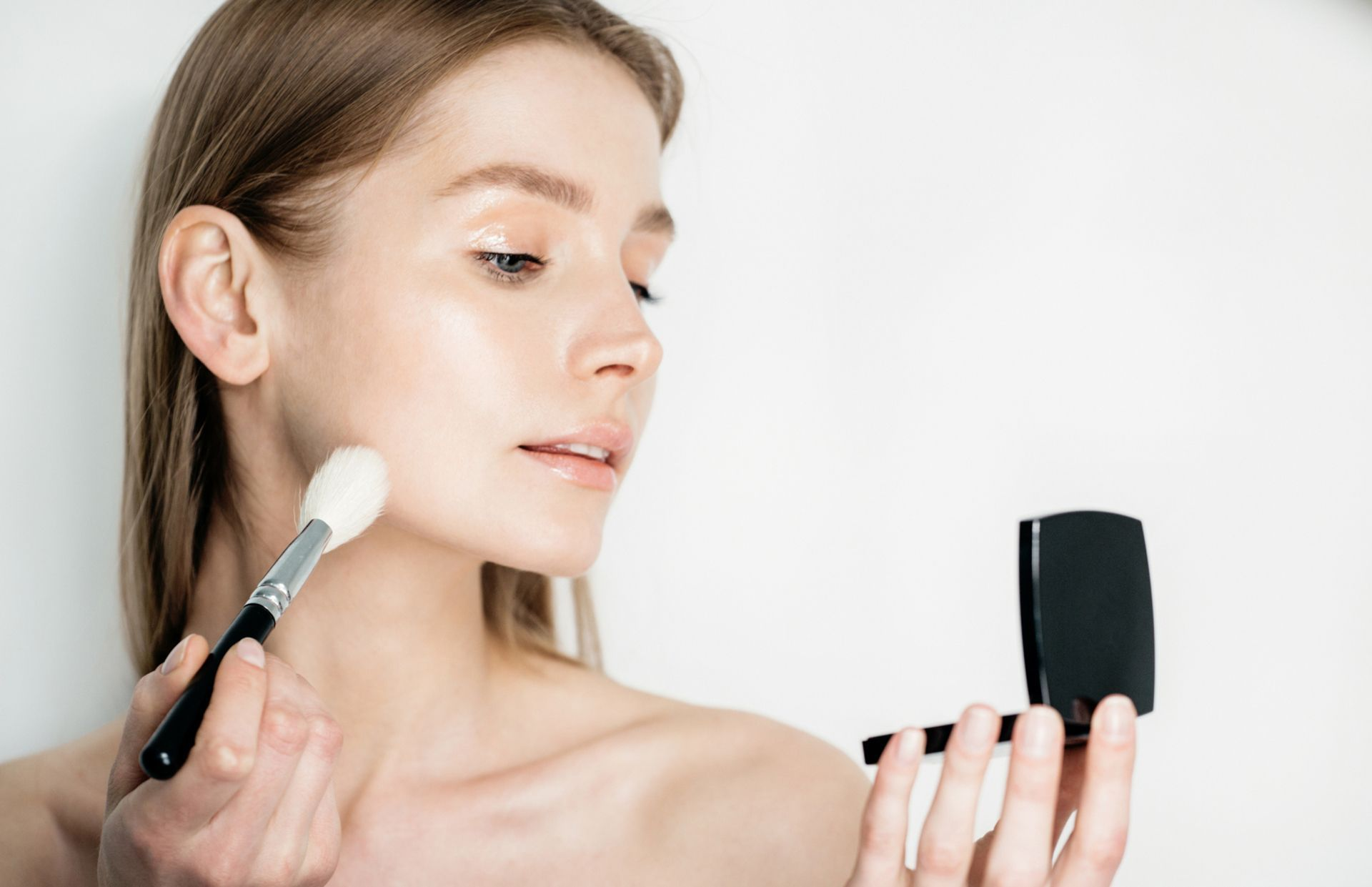 Skinimalism Is Going To Be The Biggest Beauty Trend In 2021