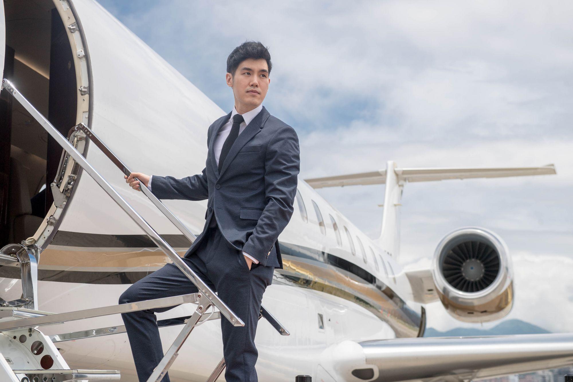 一趟極致享受的飛行體驗!樂夢旅行設計創辦人文業豪帶你搭乘私人飛機品味專屬假期