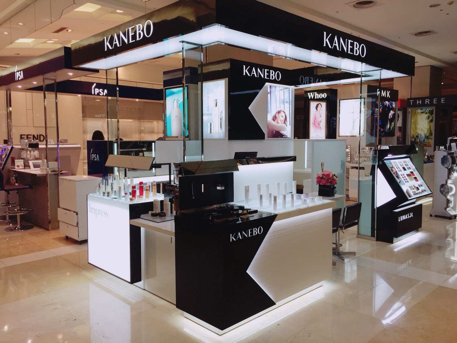 Kanebo首間概念櫃插旗台中新光三越!時尚與經典完美交織,打造頂級消費體驗