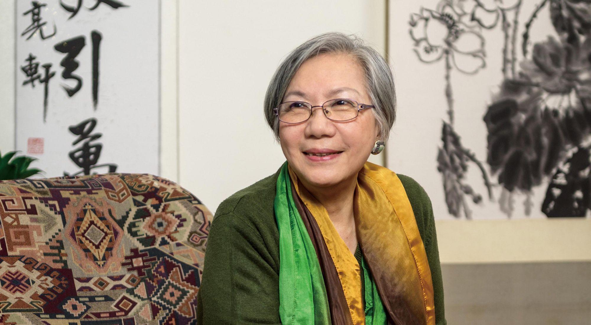 台灣民歌之母陶曉清:「人生就像一條河流,不同的階段會在不同的碼頭靠岸,而每一站旅程,都會影響你成為什麼樣的人。」