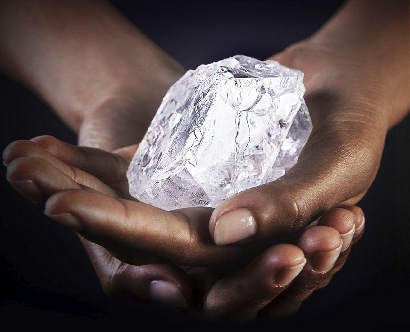巨鑽落誰家!?GRAFF 以約16億台幣收購1,109克拉巨鑽原石