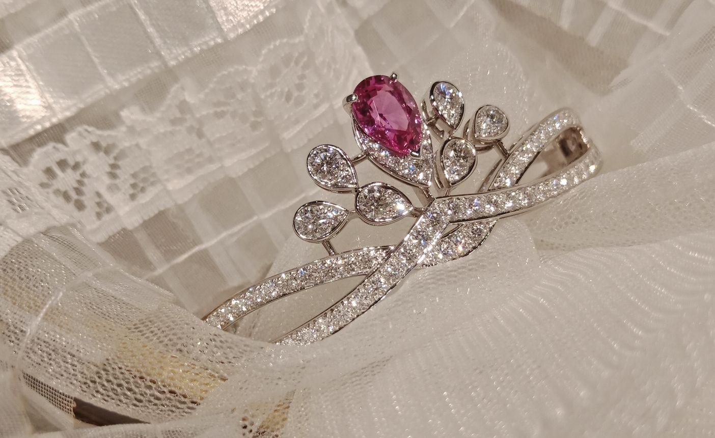 CHAUMET用Joséphine系列珠寶為妳的愛情加冕,妳也能是最美的皇后