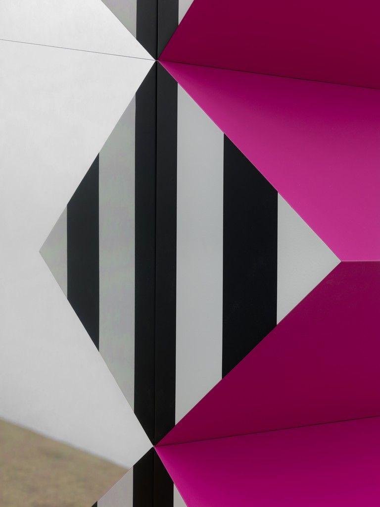 台北當代藝術博覽會藝廊精選 TOP 10 : LISSON GALLERY【前瞻的國際視野】