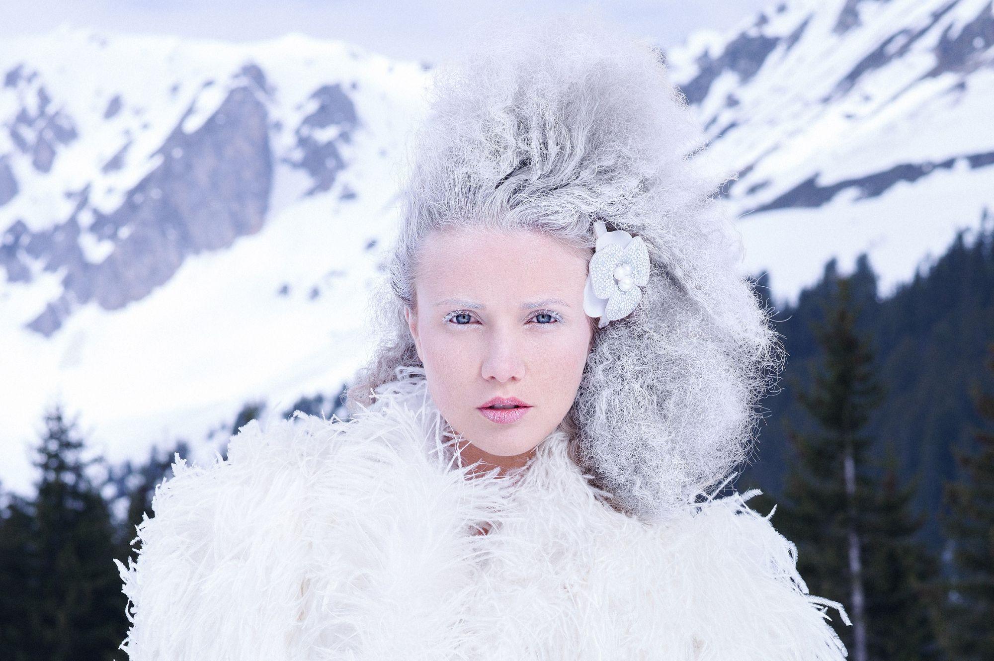 冰雪森林山茶花仕女夾